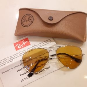 Authentic Aviator Gradient Ray Bans